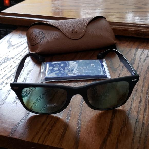 🔥 Ray-Ban Polarized black matt sunglasses 😎